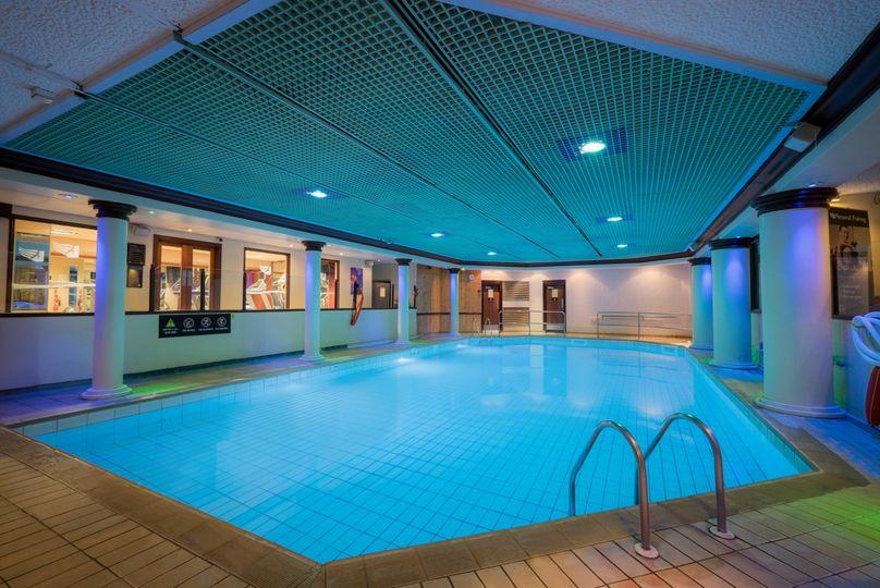 10 Swimming Pool