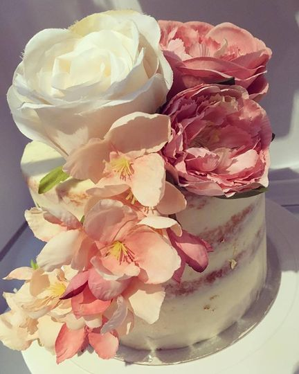 Semi naked floral cakeRe