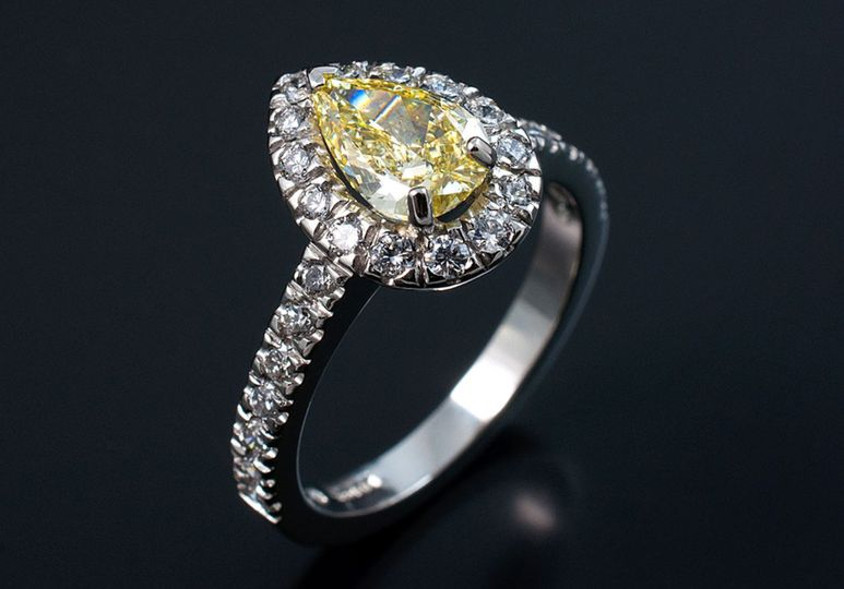 Pear-cut engagement ring