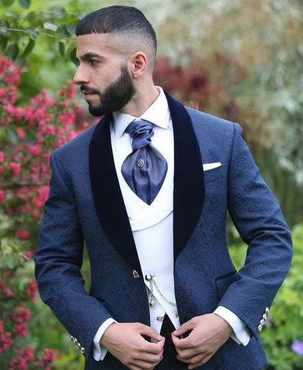 Clean and sharp look
