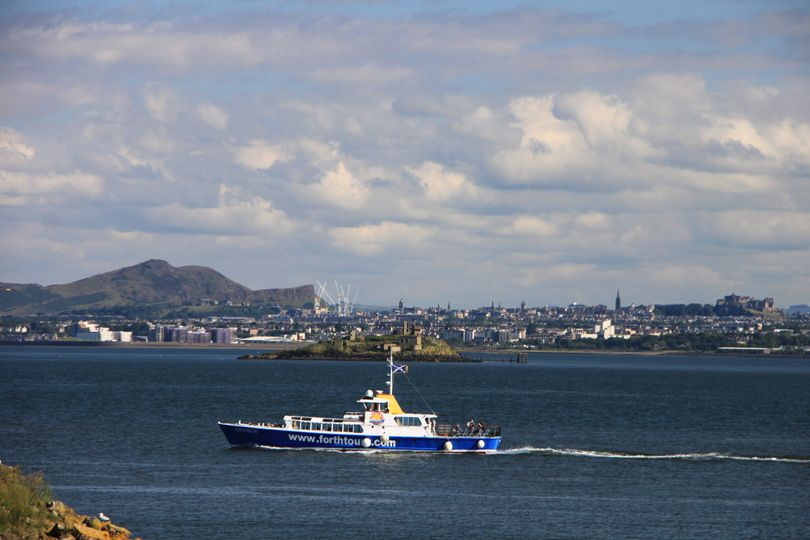 Inchcolm Weddings (Forth Boat Tours) 6