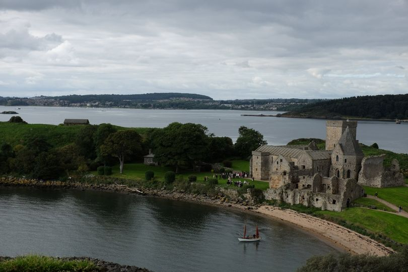 Inchcolm Weddings (Forth Boat Tours) 7