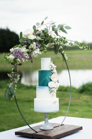 Teal marble with flower hoop