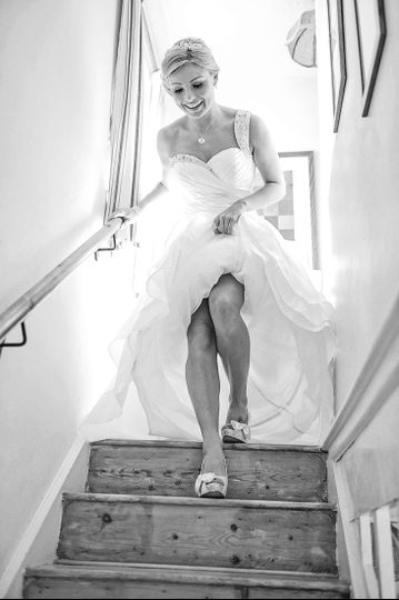 Bride descending the stairs - Paul Burrows Photography