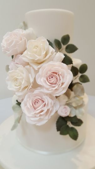 Cascade of sugar roses