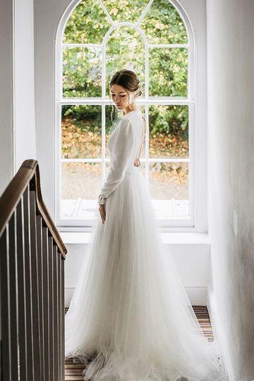 Treseren bride in Sassi Holford dress stunning Georgian architecture