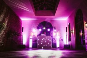 Icon Entertainments Specialist Wedding and Events DJ