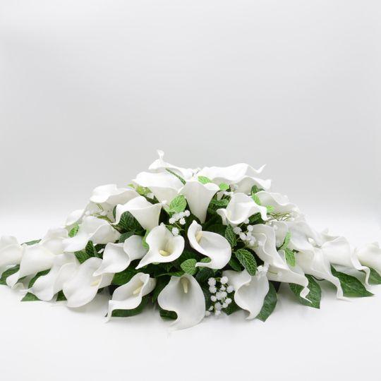 White Calla Lily Top Table