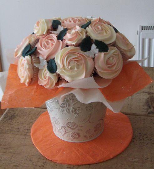 Vanilla Cupcake Bouquet