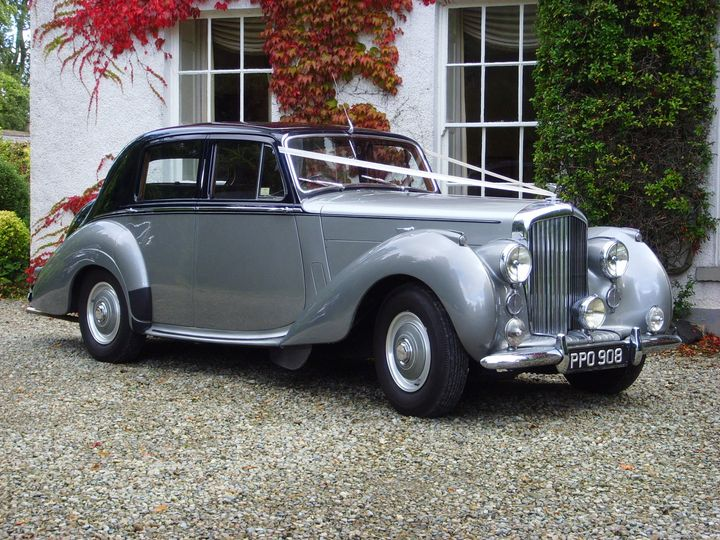 Oxford blue/Silver Bentley