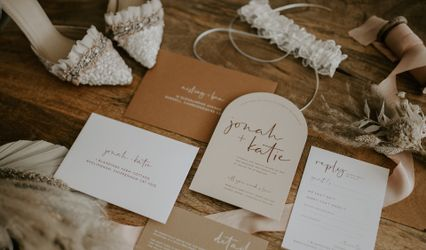 The Luxe Paper Co.