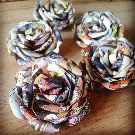 Comic buttonholes