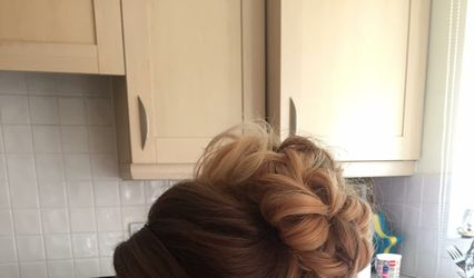 Georgie Kate - Hairstylist and Makeup Artist 1