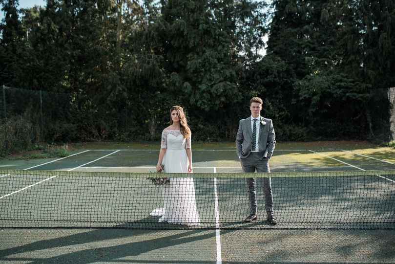 Couple on a tennis court