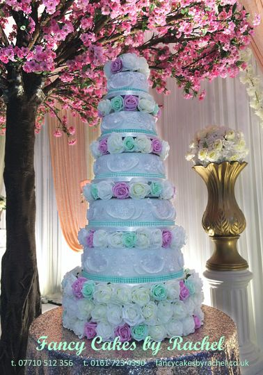 6 tier with flowers