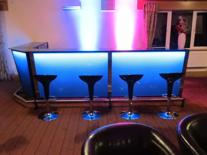 LED 3 section bar with corner