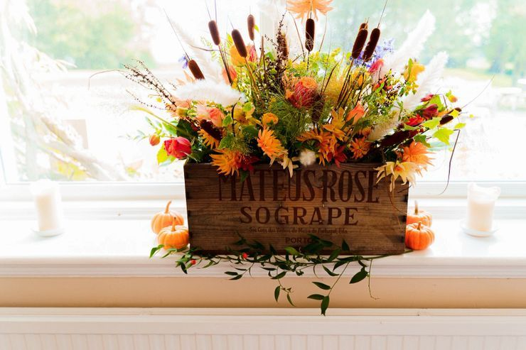 Country-style arrangement