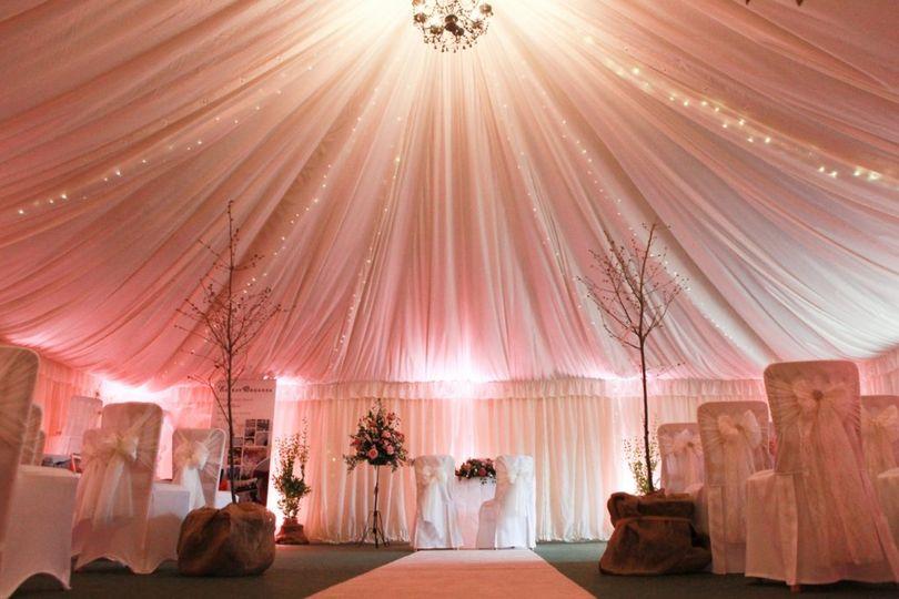 Alternative wedding layout