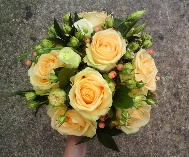 Bridesmaid handtied bouquet