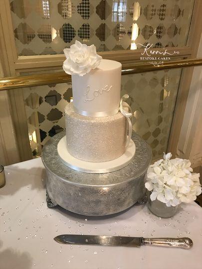 White sparkle cake