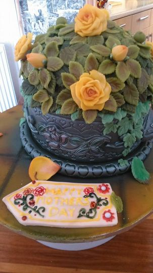 2 tier mothers day cake