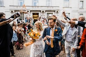Devine Bride: Dry Hire + On the Day Specialist