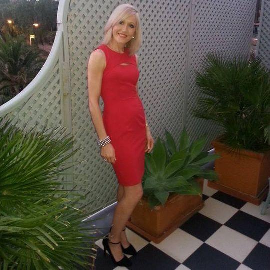 Julie - Owner of Vibrant Beauty
