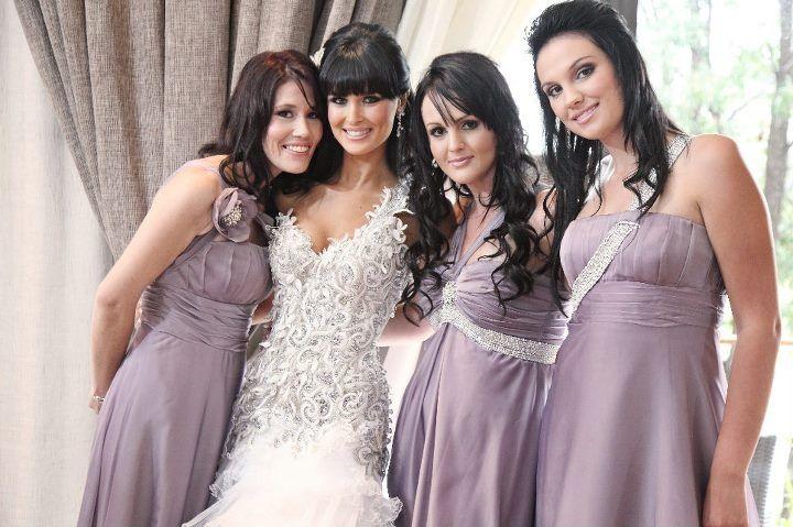 Dunay and her bridesmaids