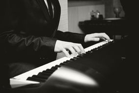 Chris Kennedy Jazz Pianist & Singer