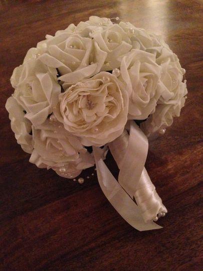 Ivory Rose & Peony Bouquet