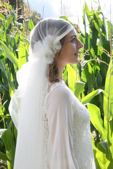 Lyla - 1920s veil with silk organza hedgerow roses embellished with Swarovski crystals