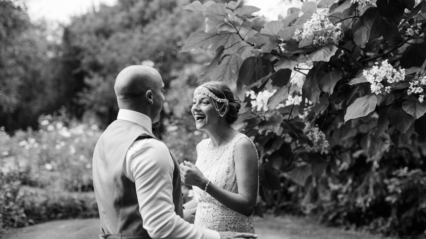 Couple in a garden - Danielle Smith Photography