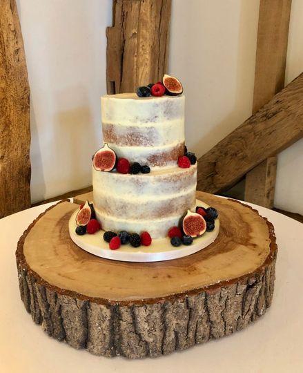 Semi Naked Cake with Fruit