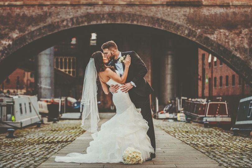 Newlyweds - Jon Thorne Weddings