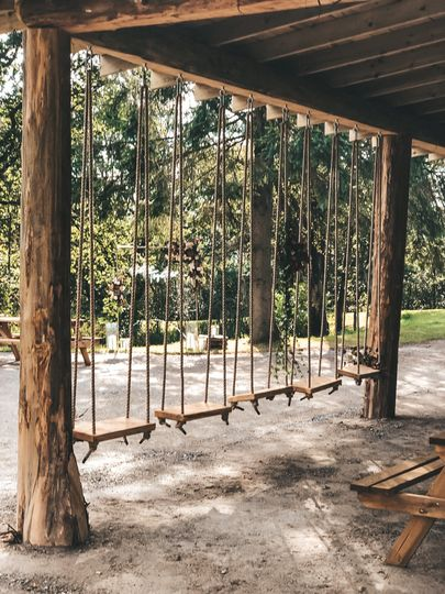 Swing seating area