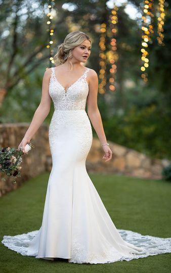Lace & crepe wedding dress