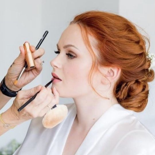 Beauty, Hair & Make Up Making up the Bride 1