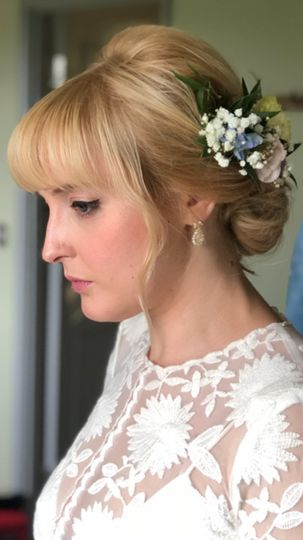 Beauty, Hair & Make Up Making up the Bride 61