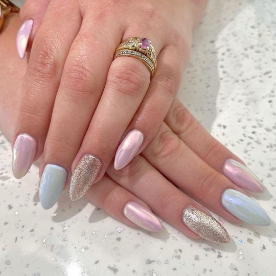 Light elegance nail extensions