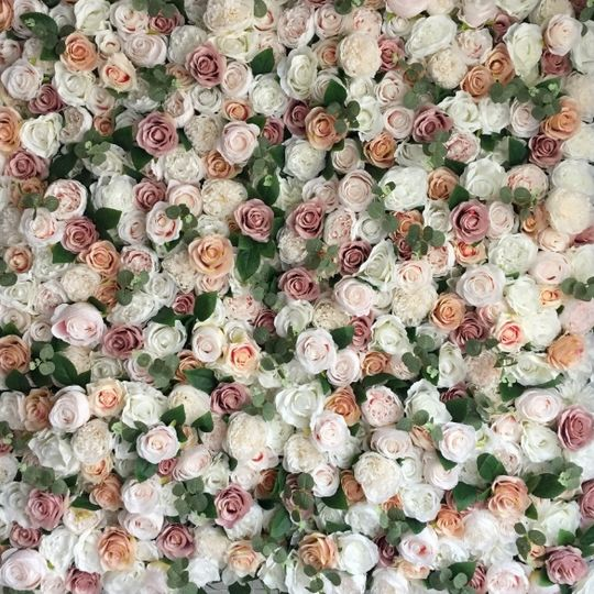 Photo-ready floral backdrops