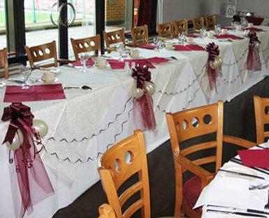 Wedding balloons head table