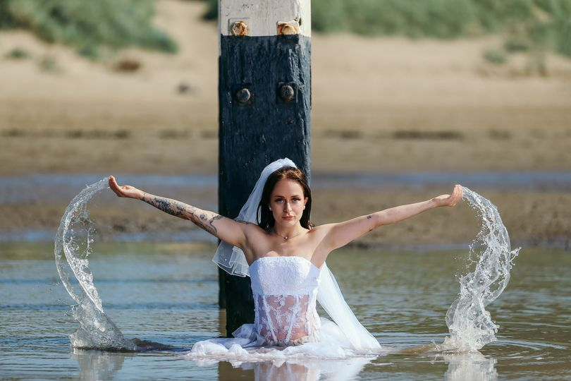 Water wedding photo session