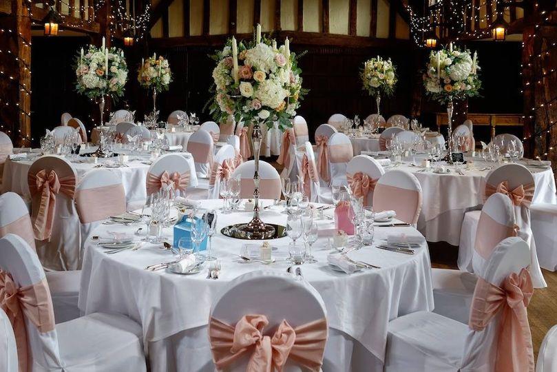 Cream, nude, and blush wedding flowers