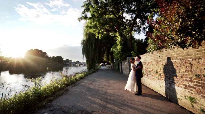 Couple by the water - Tom Pollard Films