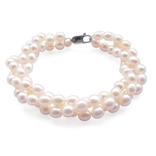Wide range of pearl bracelets