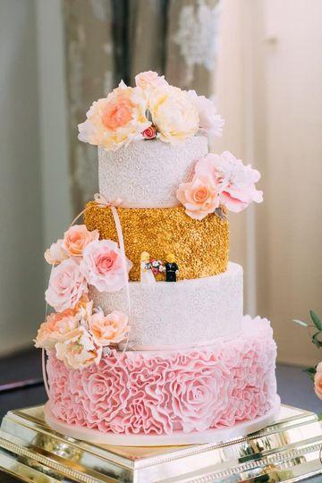 jaynes wedding cake 4 40908 1565542582