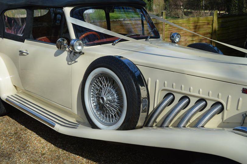 Wedding car hire Bedford