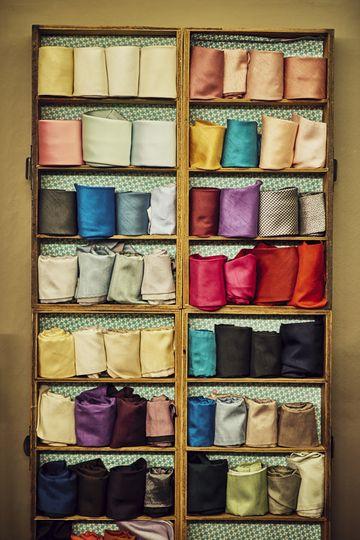 Tie colours