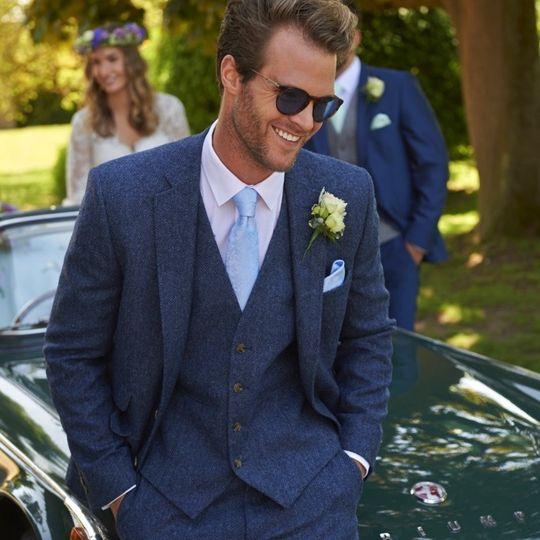 3-piece Tweed Suit to hire