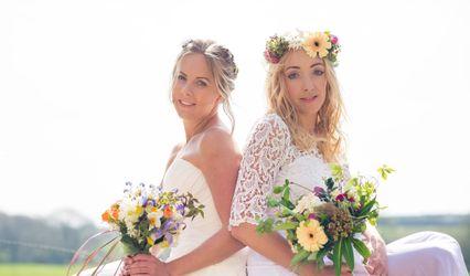 Simply Weddings
